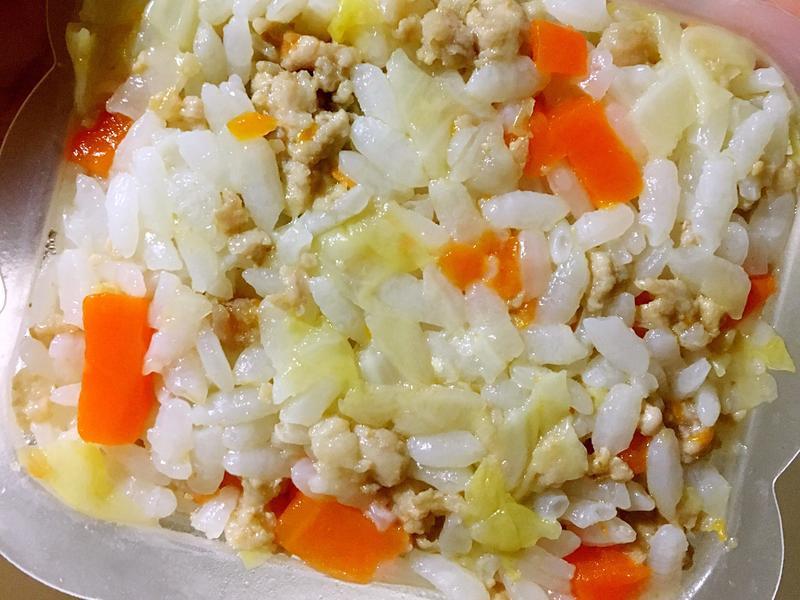 寶寶副食品👶🏻高麗菜豬肉拌飯 1y