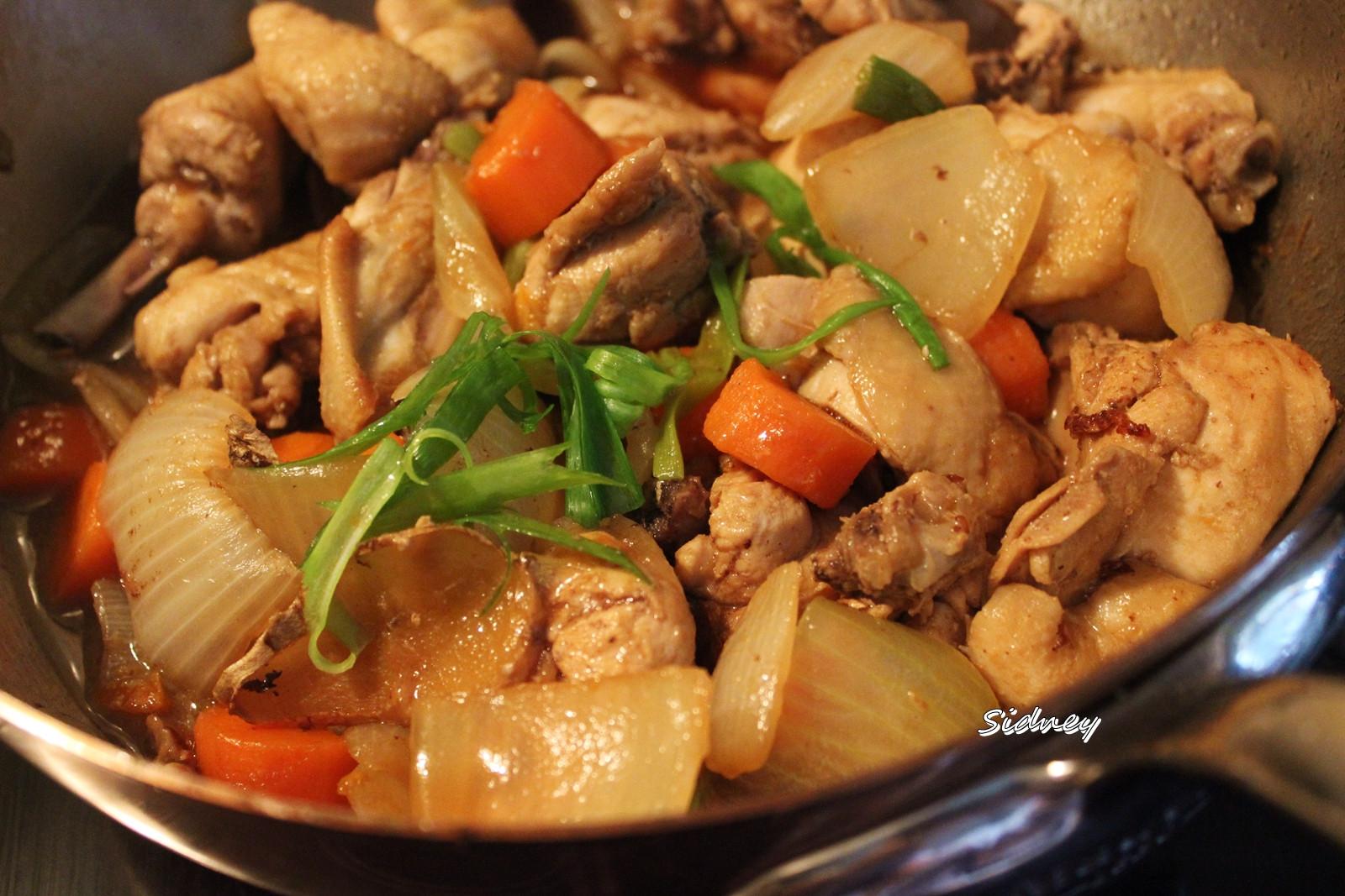 洋蔥燒雞肉