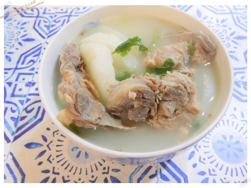 豬龍骨蘿蔔湯
