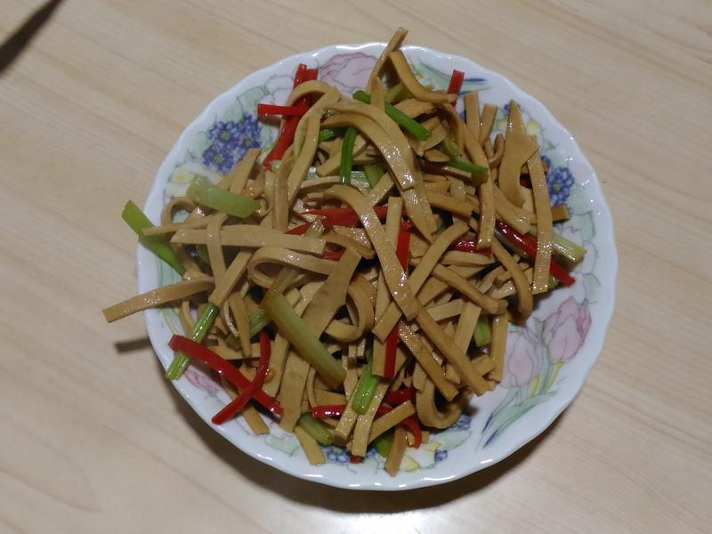 干絲炒芹菜