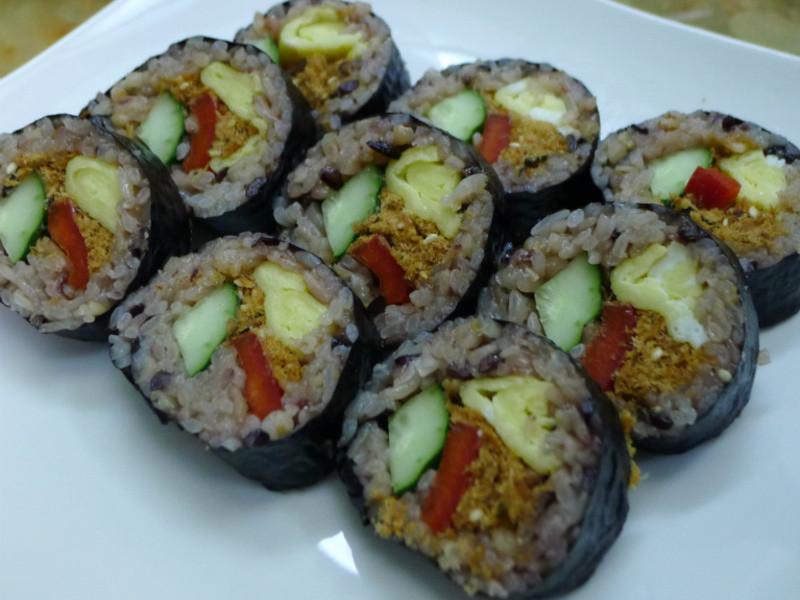 品靚上菜-膳纖熟飯之五彩捲壽司