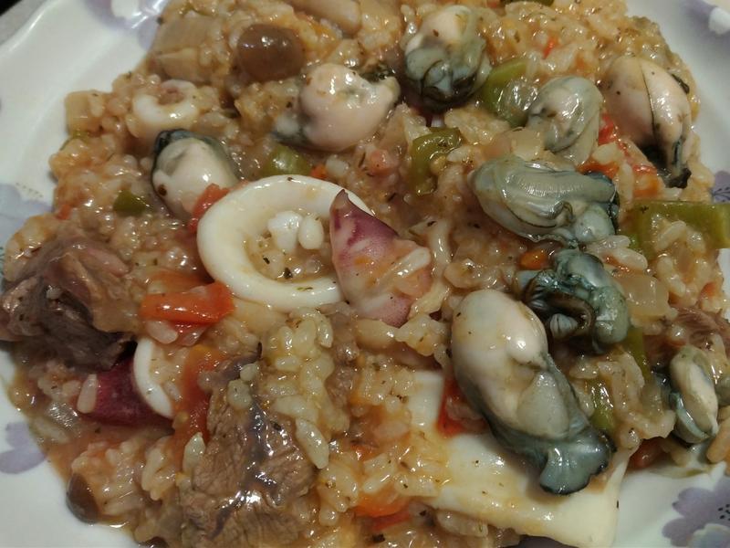 蕃茄牛肉海鮮燉飯
