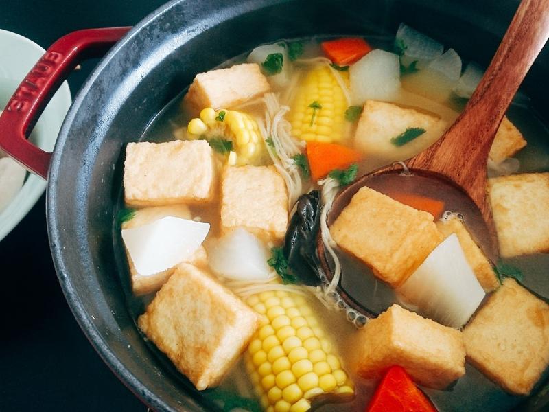 五行蔬菜魚豆腐湯