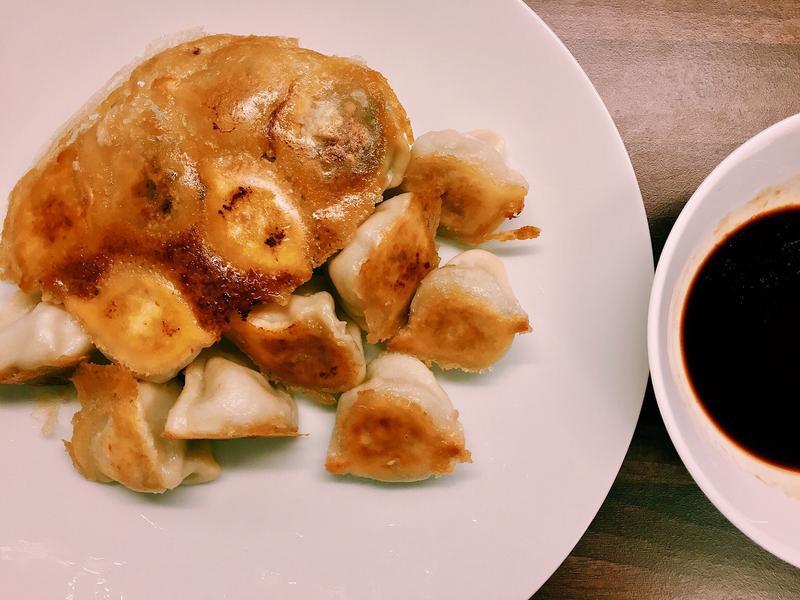 十分鐘上菜👉🏼酥脆黃金煎餃
