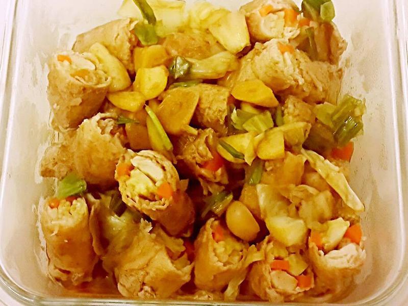 肉片蔬菜捲 (^(00)^)