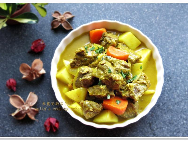 [南洋椰奶黃咖哩牛肉]美味燴飯料理