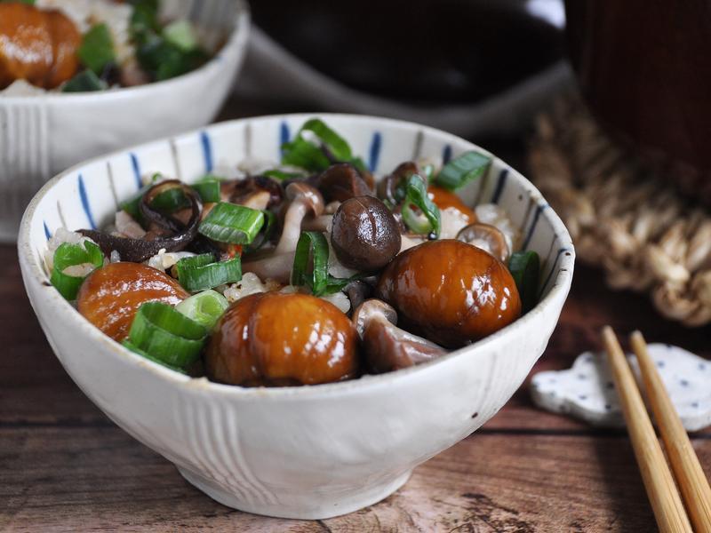 栗子野菇雞肉炊飯 用土鍋煮出好吃米飯