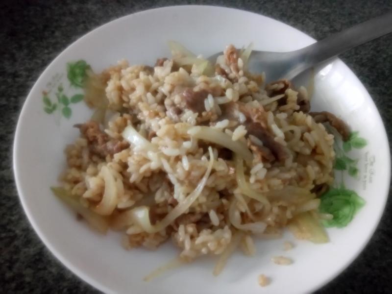 沙茶牛肉炒飯