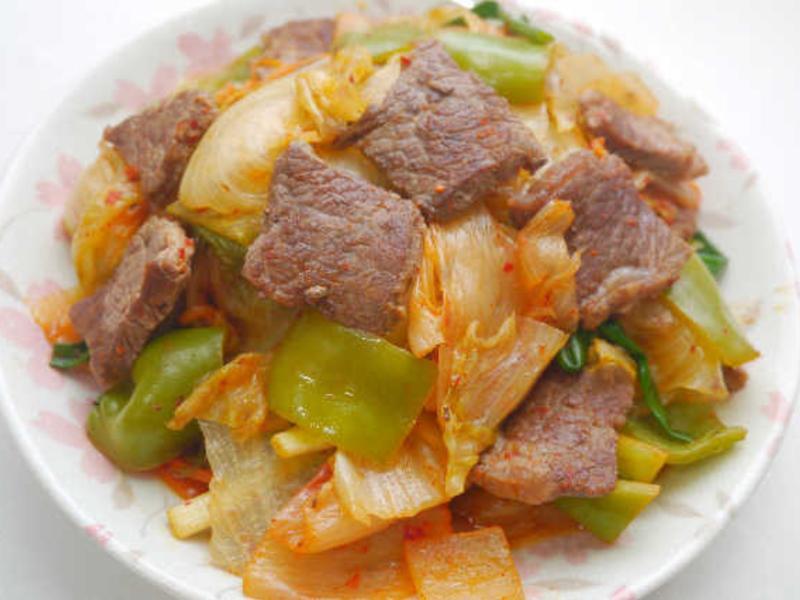 泡菜青椒牛肉