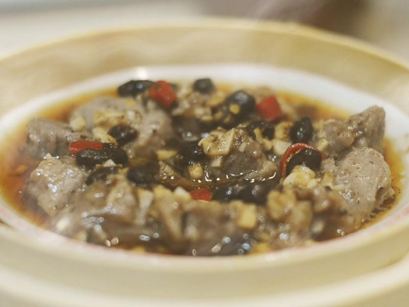 港式小點∣電鍋料理 豆豉蒸排骨 拌飯超讚