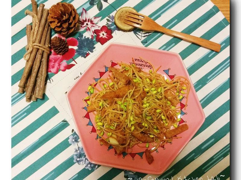 黃豆芽炒蘭花干