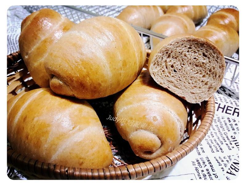全麥黑糖麵包