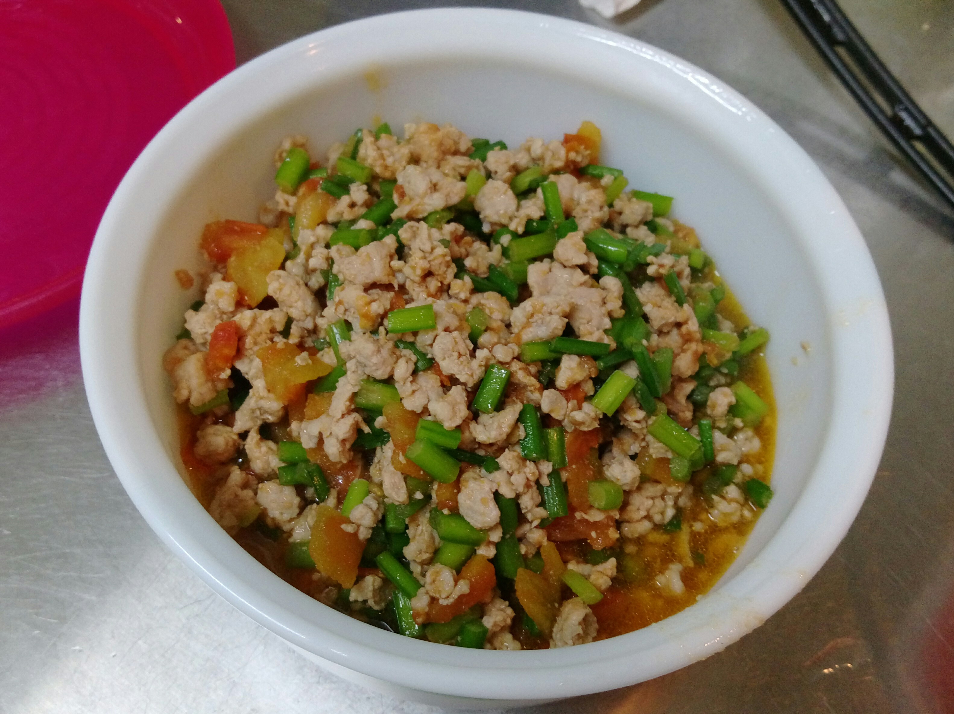 蕃茄韭菜炒肉