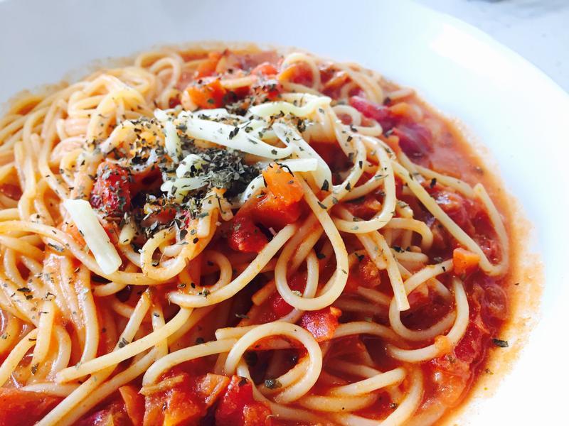 十分鐘上菜👉🏼起司番茄義大利麵