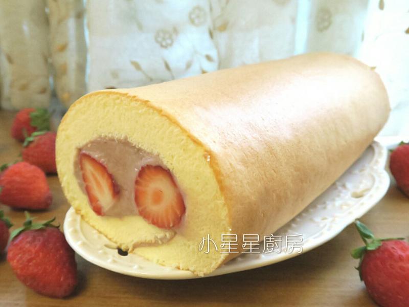 香濃草莓蛋糕卷(新鮮草莓卡士達醬內餡)