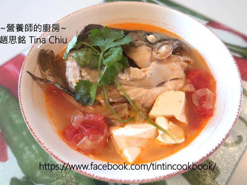 營養師健康湯水: 三文魚頭豆腐湯