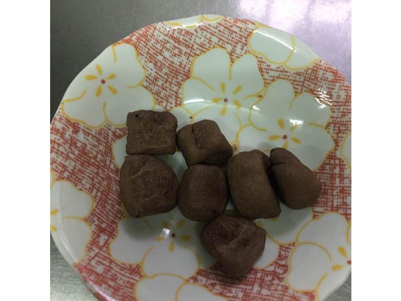 巧克力硬饅頭