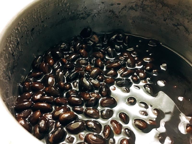 【週末製作,週間配菜】日式黑豆煮