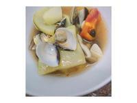 蒜味塔吉鍋蛤蜊番茄蒸蔬菜