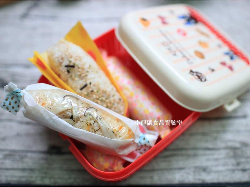 寶寶食譜【紅蘿蔔菇菇豬肉飯糰棒】