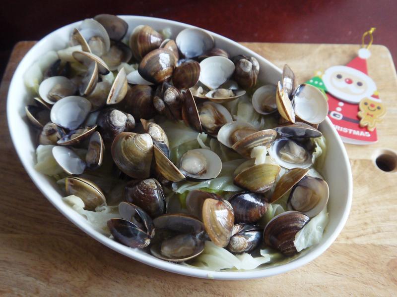 清蒸奶香白酒蛤蜊高麗菜