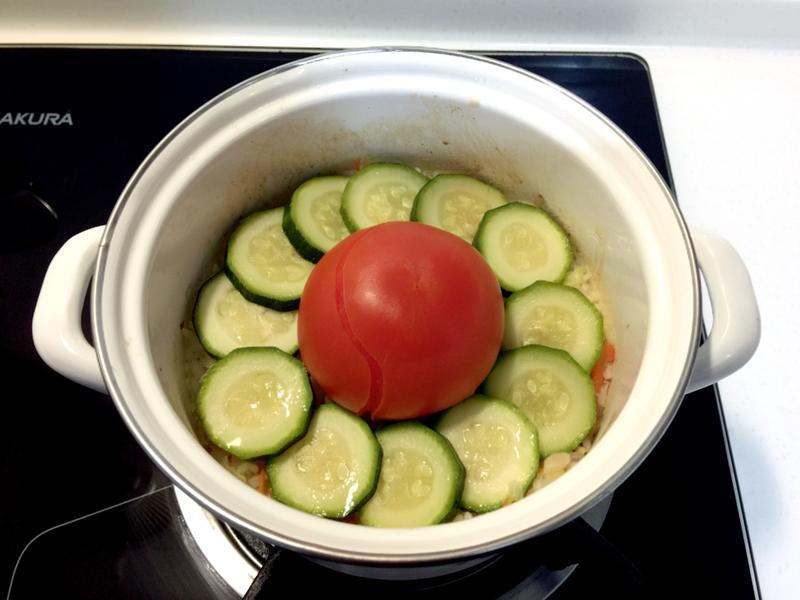 番茄雞肉蔬菜炊飯