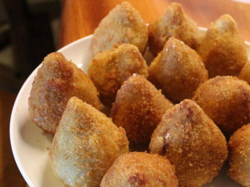 巴西炸雞肉包(Coxinha)