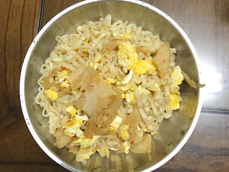 泡菜炒泡麵