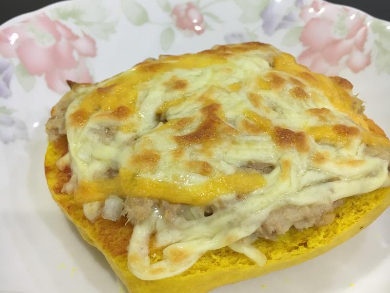 鮪魚饅頭披薩