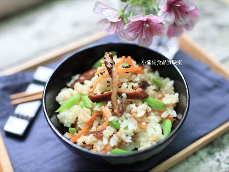 寶寶食譜【香菇紅蘿蔔四季豆豬肉飯】