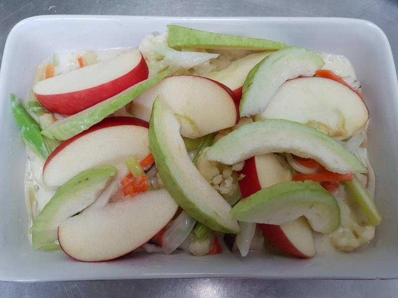 白醬蔬果義大利麵