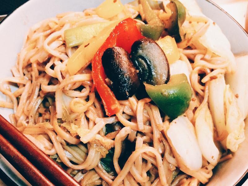 快速料理⏰沙茶青蔬炒麵