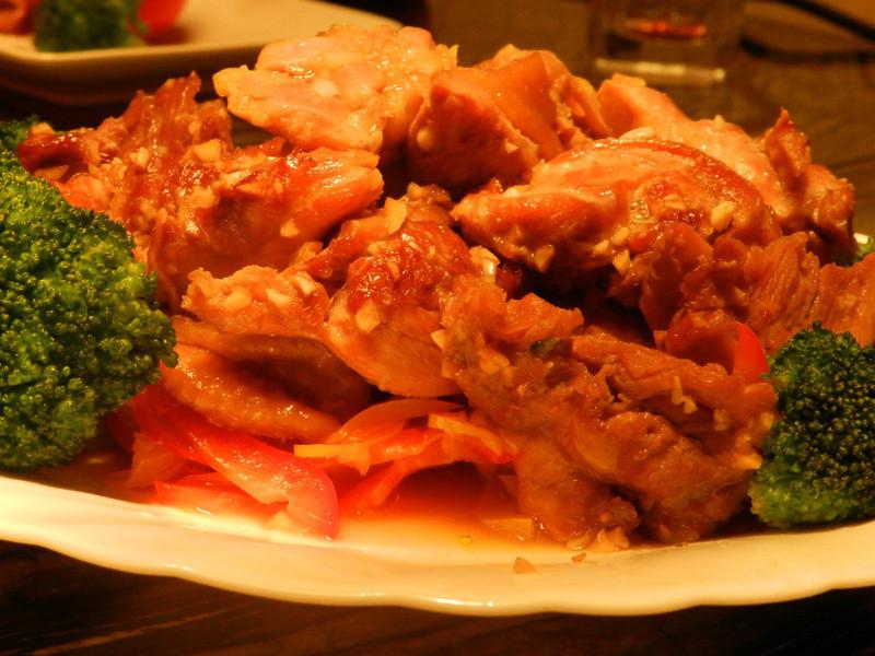 蒜香烤雞肉