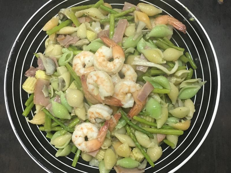 鮮蝦蘆筍義大利麵