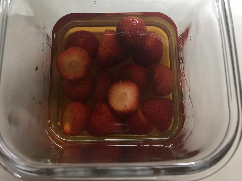 草莓泡whisky [曾太]
