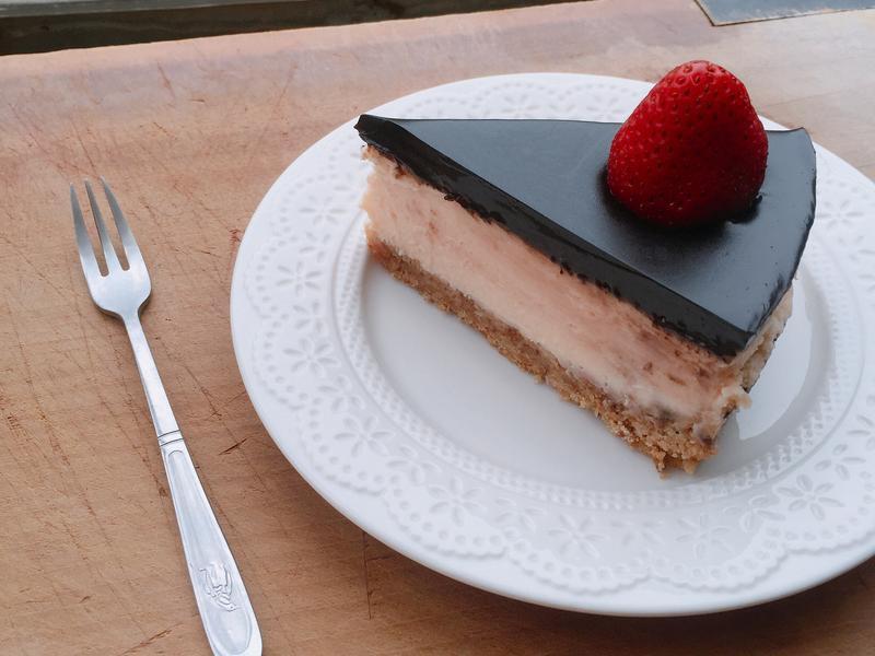 草莓巧克力乳酪蛋糕