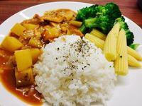 便當料理👉🏼日式和風咖哩雞🍛✨