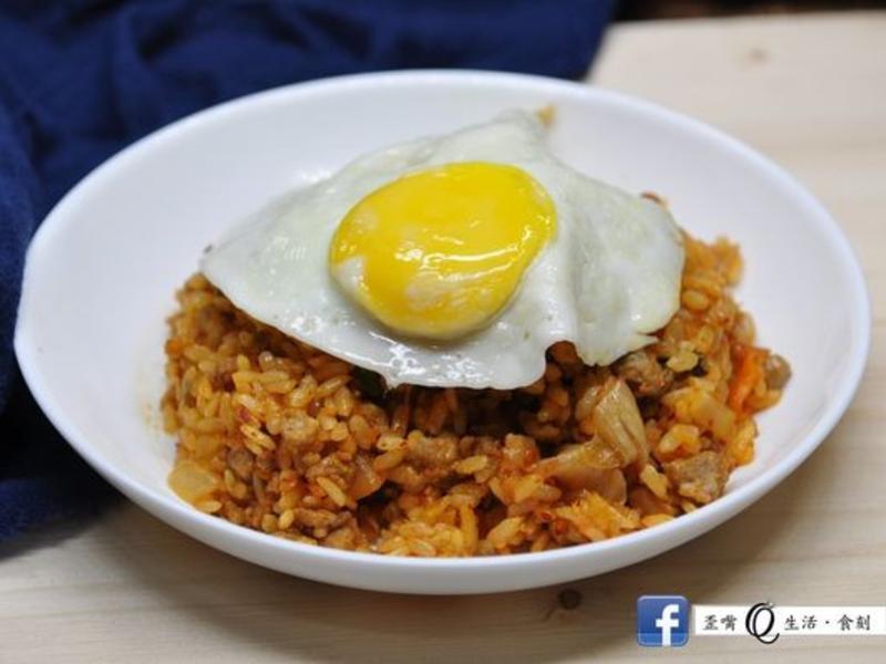 韓式泡菜炒飯삼시세끼- 김치볶음밥