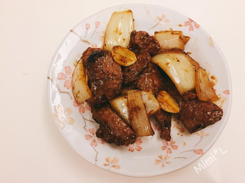 蒜香黑胡椒牛肉
