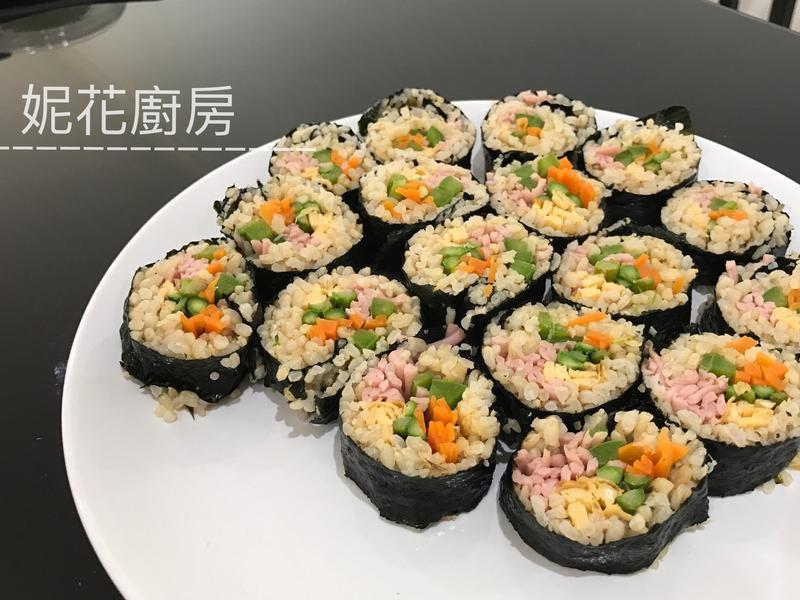 韓式紫菜包飯 김밥 Kimbap
