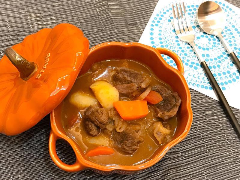 匈牙利燉牛肉Goulash-Gulyas