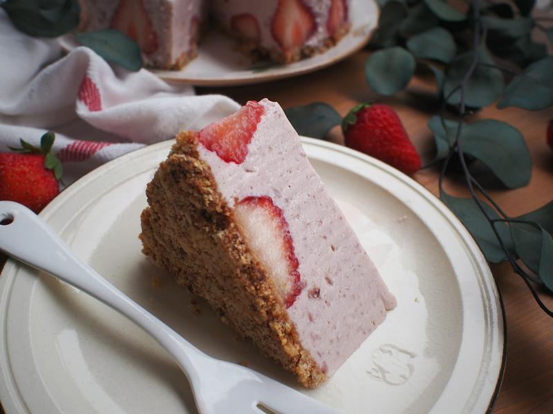 玫瑰草莓生乳酪蛋糕