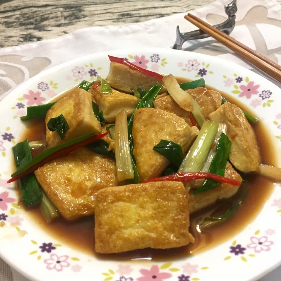 蔥燒自製雞蛋豆腐