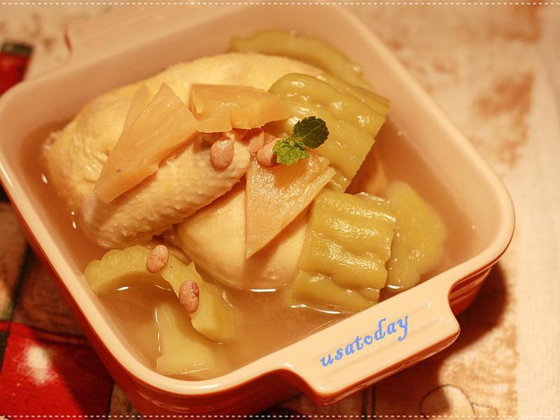 【東煮】成人的食物鳳梨苦瓜雞湯 pinapple bitter melon chicken soup