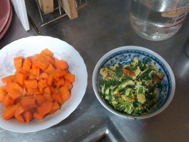 紅蘿蔔韭菜炒蛋