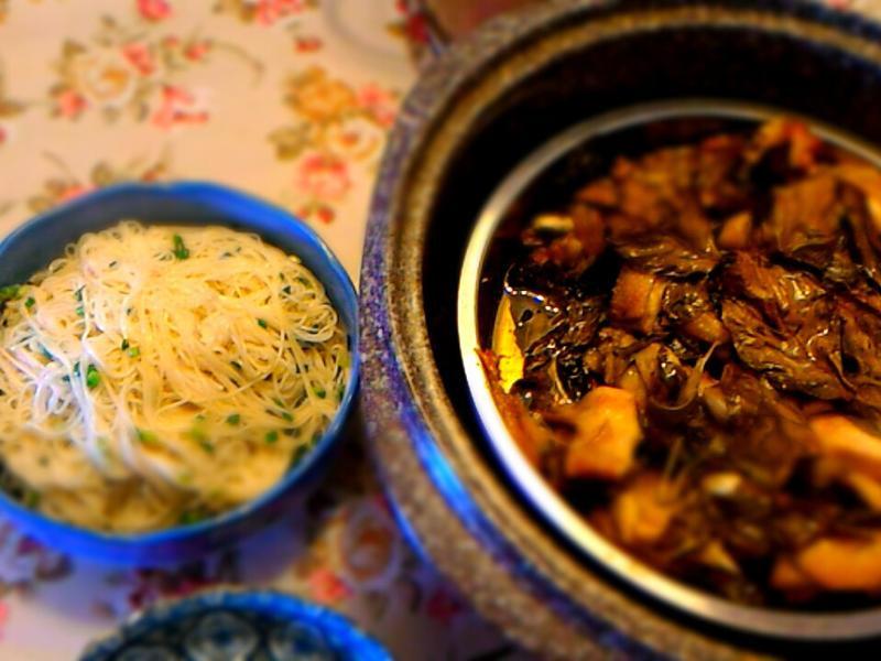 茄苳蒜香烤雞&雞油拌麵線