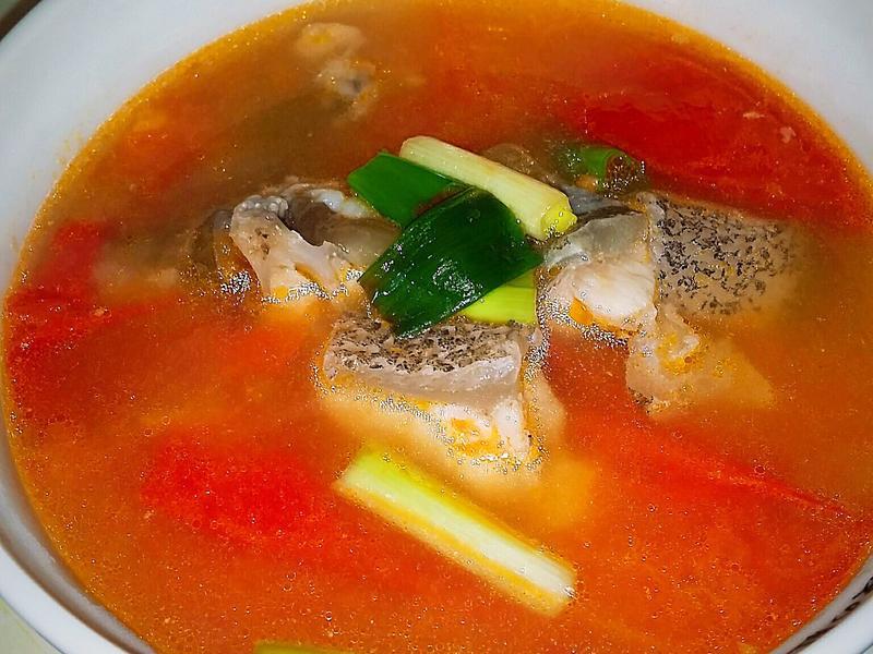 🐋🍅蕃茄龍膽石斑魚湯
