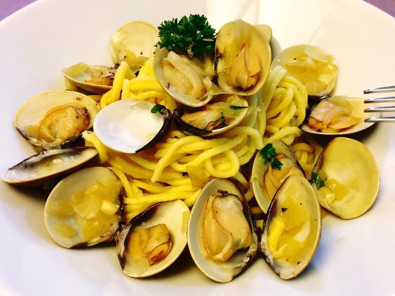 白酒蛤蜊義大利麵(自製義大利麵條)
