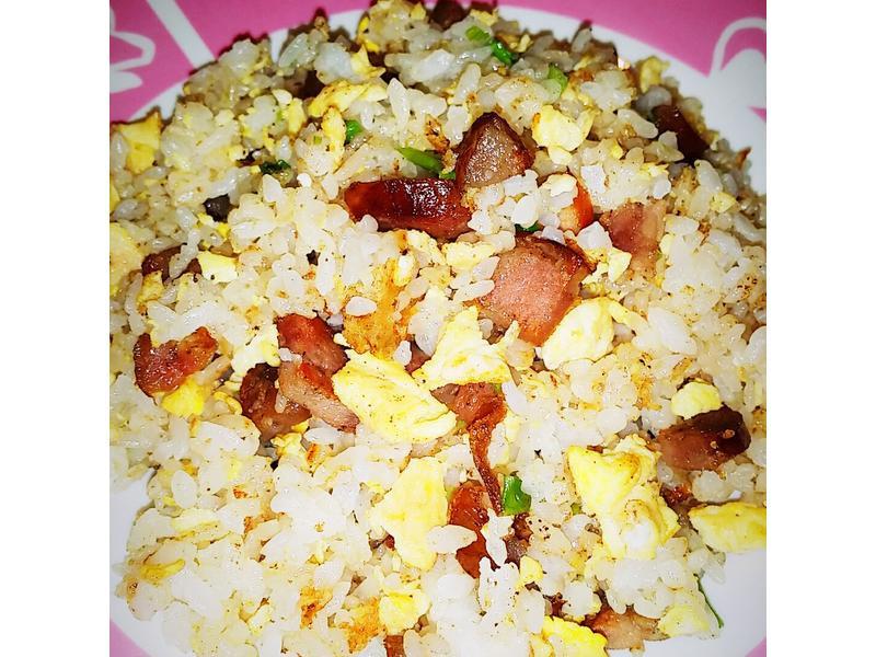 🍳🥓🍚🐖香腸蛋炒飯
