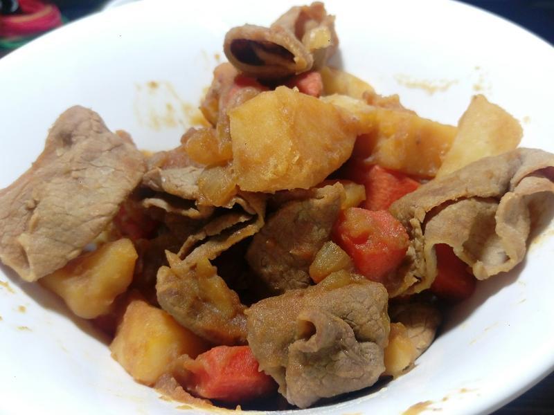 鹹甜好下飯~馬鈴薯燉肉